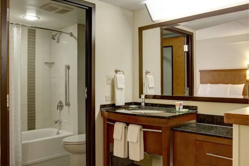 Hyatt Place Tampa Busch Gardens Hotel Rooms Rates Photos Deals
