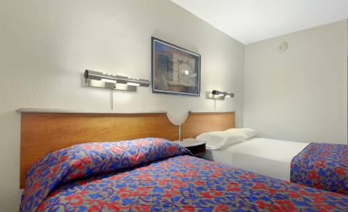 ... Red Roof Inn U0026 Suites Cleveland   Elyria, Elyria ...