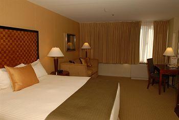 Skyline Hotel, New York