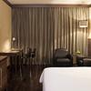Darkwood_Executive_Room