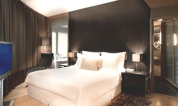 Executive_Suite_Bedroom