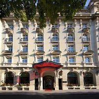 Exterior view | Le Royal Monceau Raffles Paris - Champs Elysees