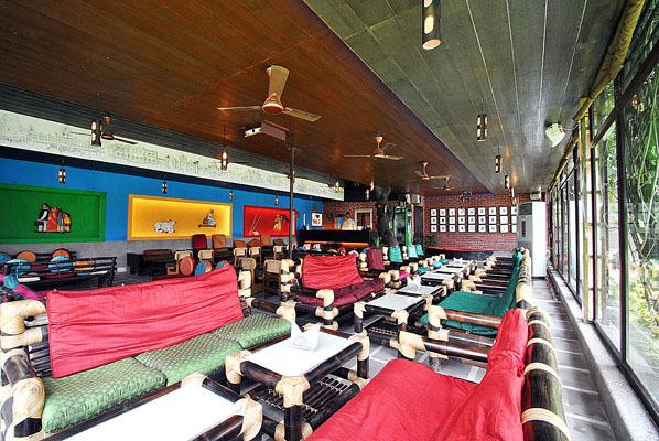 Hotel Surya, Varanasi