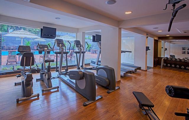 Fitness_center_2