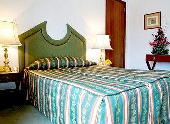 Albergaria Valbom - Guest House, Cascais