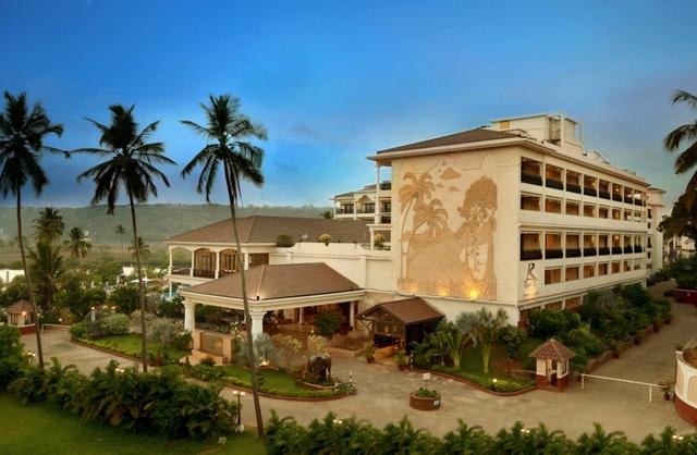 resort rio hotel rooms rates photos deals map best