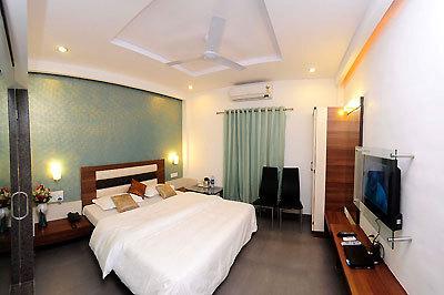 Shanti's Hotel Surbhi, Mahabaleshwar