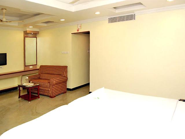 Shri Perumal Inn, Pondicherry