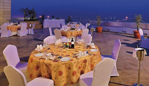 Radisson Blu Greater Noida, Noida
