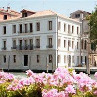 Exterior view | Hotel Canal Grande - Santa Croce