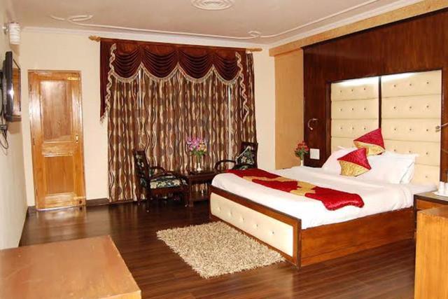 Hotel A Star Regency, Manali