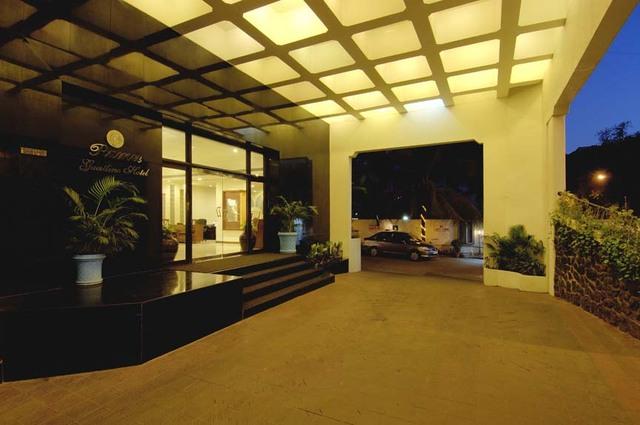 Ramee_Grand_Hotel_6.jpg