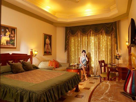 Hotel Hillock, Mount Abu