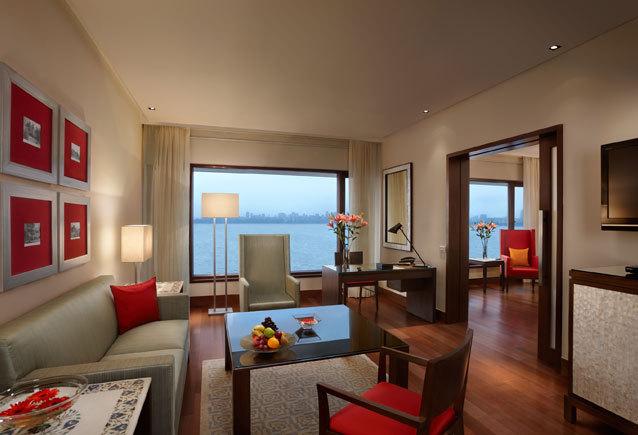 Executive_suites_living
