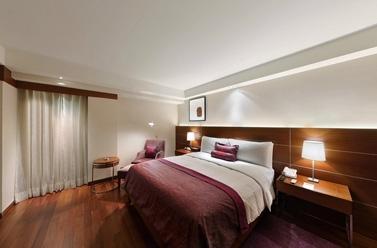 Corner_Suite