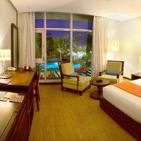 2._Luxury_Room
