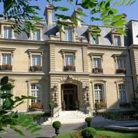 Exterior view | Saint James Paris - 16. Trocad�ro
