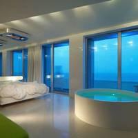 Exterior view | i-Suite Hotel - Rimini Central Marina