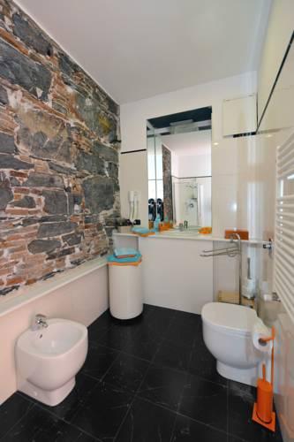 b&b dell'acquario in genoa - hotel booking offers, reviews, price