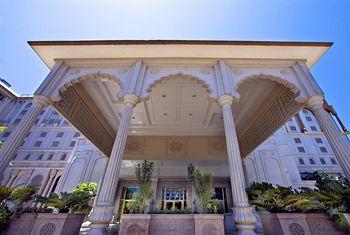 Sheraton Grand Pune Bund Garden Hotel, Pune