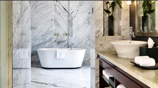 Suite_-_Bathroom