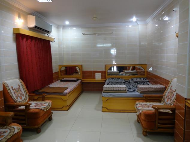 Pavamana Udupi Residency Mantralayam