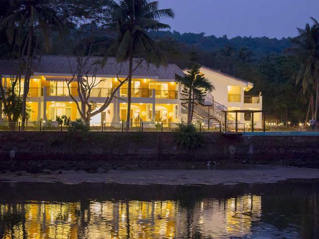 acron-waterfront-resort-goa-facade-28908012g