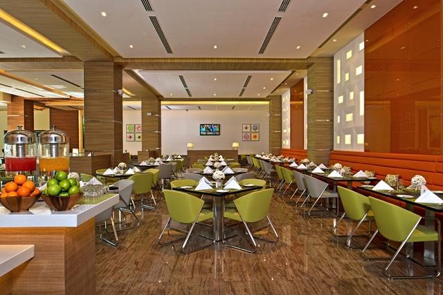 3_Restaurant_1_CCF_SH_MR